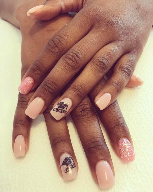 Perfect graduation nails. Pic by polished_by_chrissy