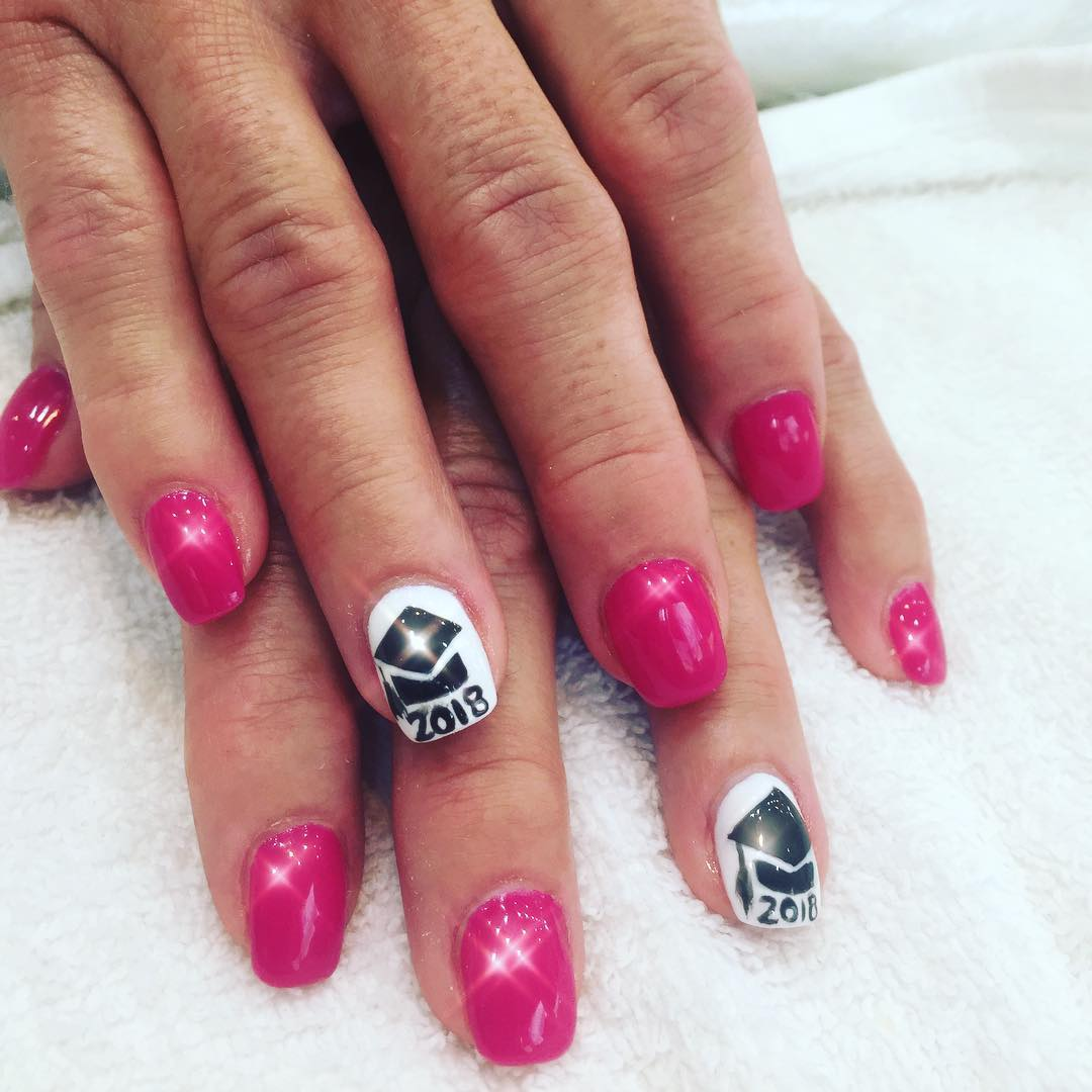Pink and white graduation nails. Pic by freshimagenails