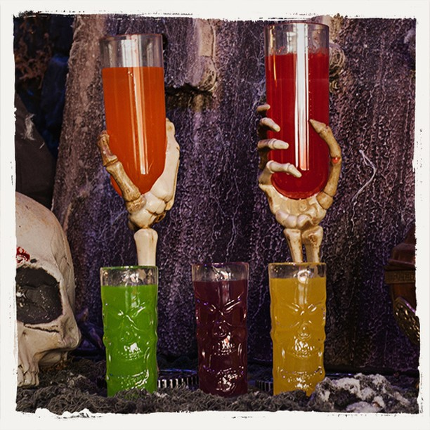 Skeleton glass holding colorful juices. Pic by horrorshopcom