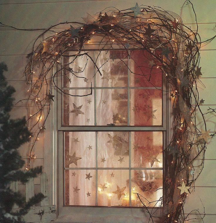 Window Hanging Decorations: 40 Exclusive Christmas Window Decoration Ideas