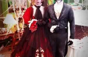 Skeleton makeup Halloween busker costume for couple. Pic by costumerentalnimage