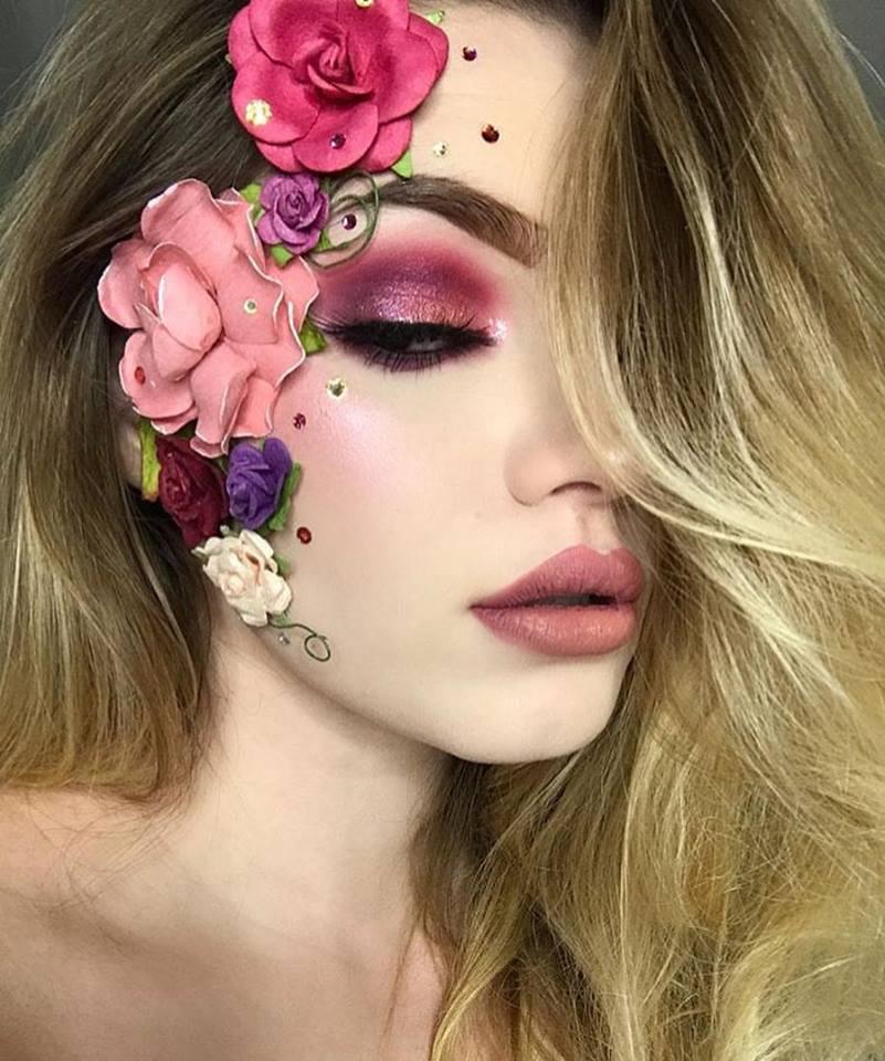 Beautiful flower makeup for Halloween.