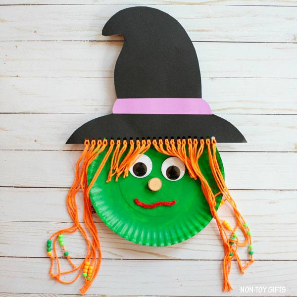 Best paper plate witch for Halloween.