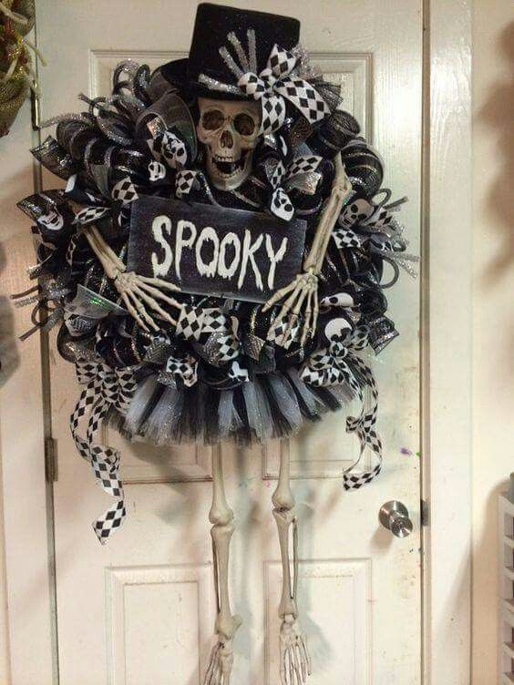 Black and white terrifying Wreath for Halloween.