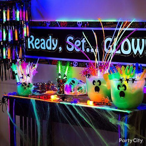 Colourful Halloween table decor idea.