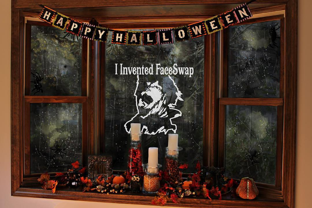 Cool Halloween Garland from Simple Home Depot Items. Pic by animateddecals