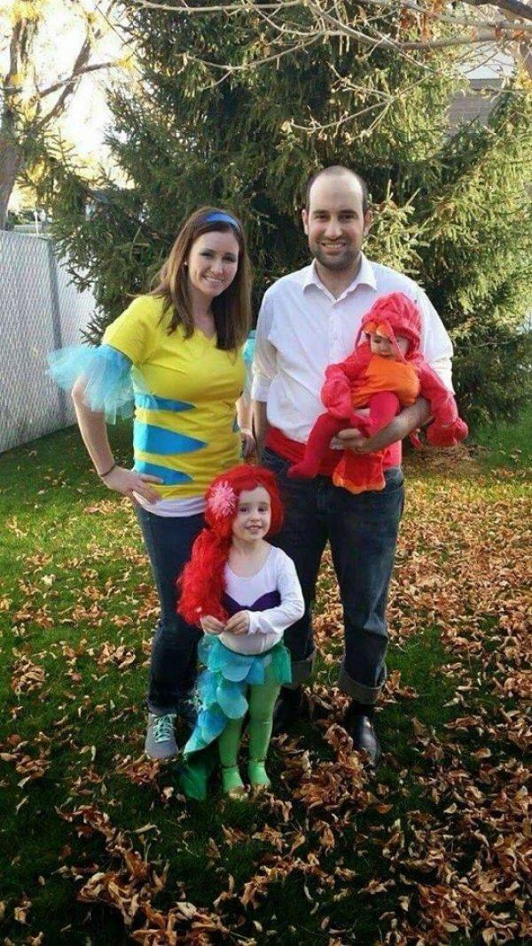 DIY little Mermaid family costumes.