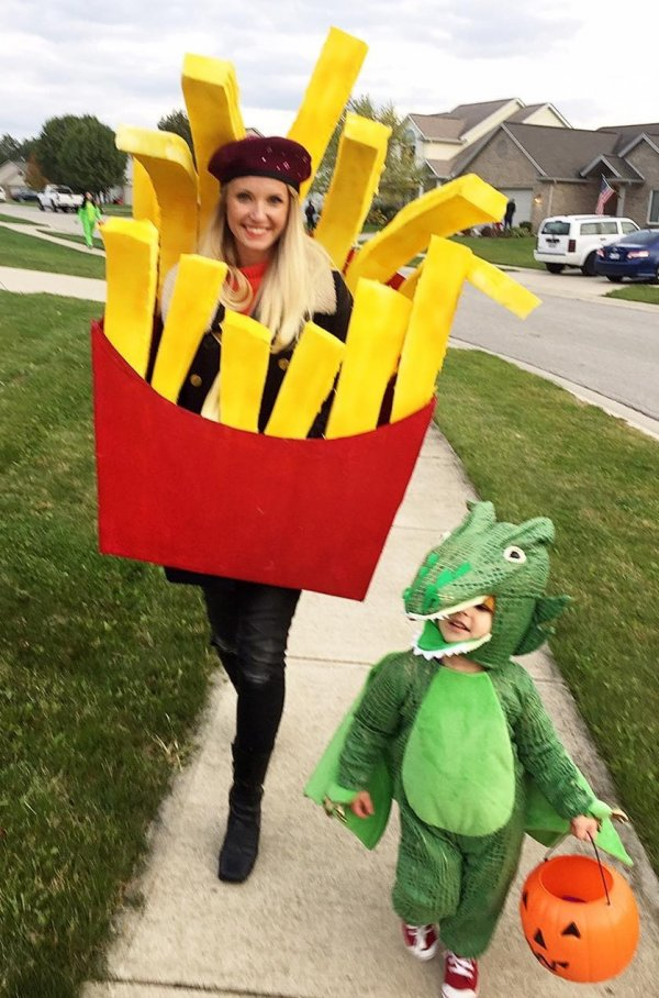 Dashing french fry costume with dragon. Pic by bowieandthebabian
