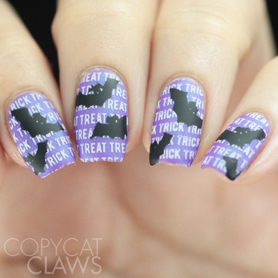 Easy Halloween nail design. Pic by copycatclaws