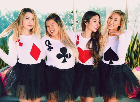 Exclusive DIY royal flush cards pokerhand group costumes.