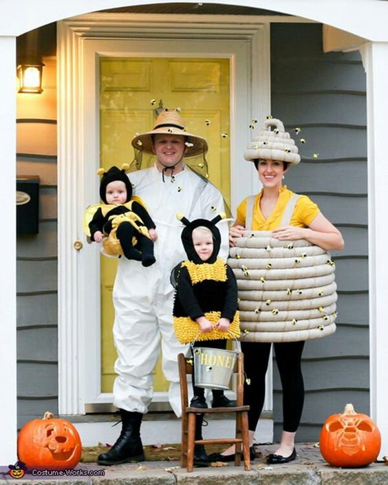 Fantastic Bee family costumes for Halloween.