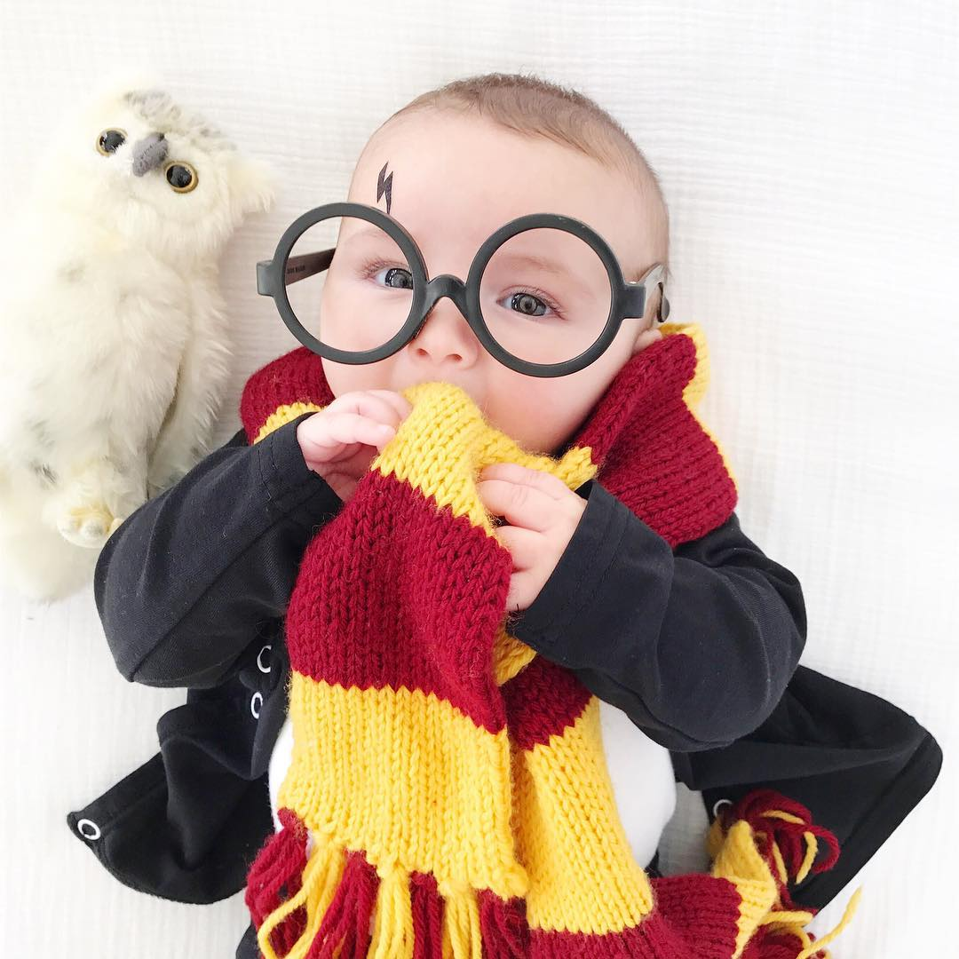 Harry Potter's childhood costume for your toddler.