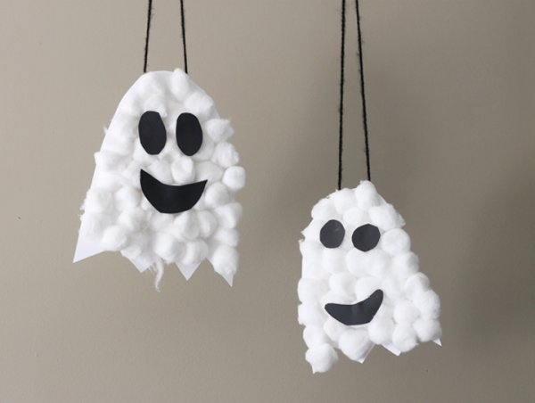 Nice puffy ghosts craft for kids.