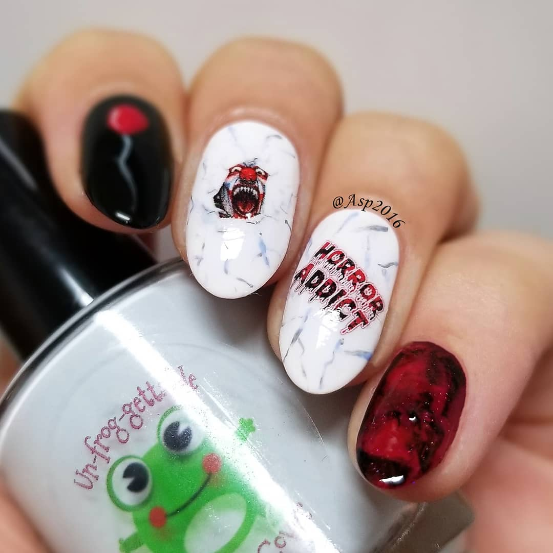 Perfect Halloween nails. Pic by asp2016