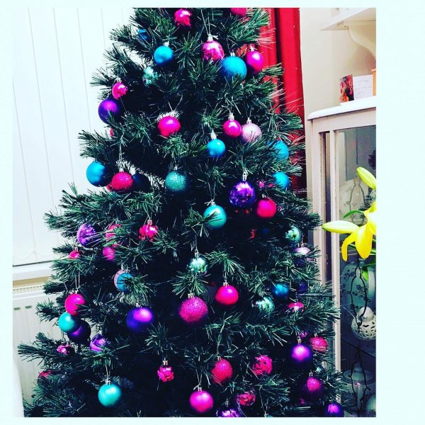Pink, purple and blue ornaments looks charming. Pic by myswjourney__thisisthelasttime
