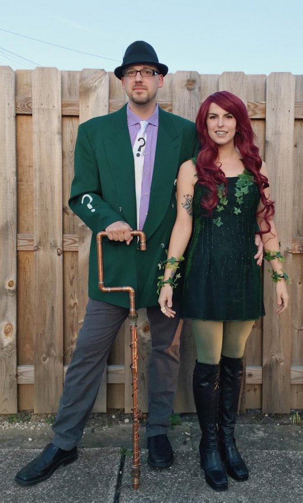 Poison ivy costume for couple. Pic by littleloppity