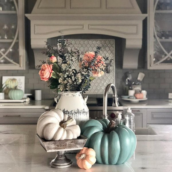 Pretty centre piece for fall. Pic by running_lateismycardio