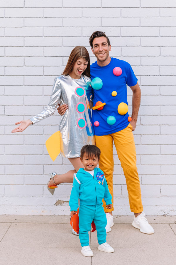 Pretty diy space family costumes.