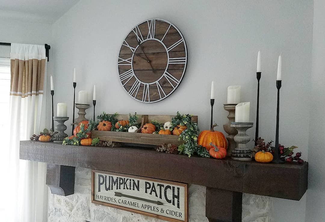 Pumpkin mantle for Halloween. Pic by designontheside