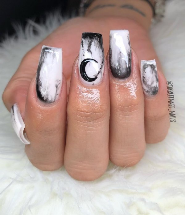 Rocking Halloween Moon nails. Pic by darleennee_nails