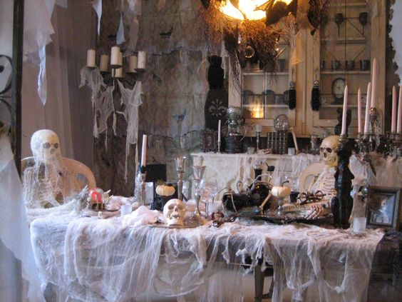Shared this haunted dinning room.
