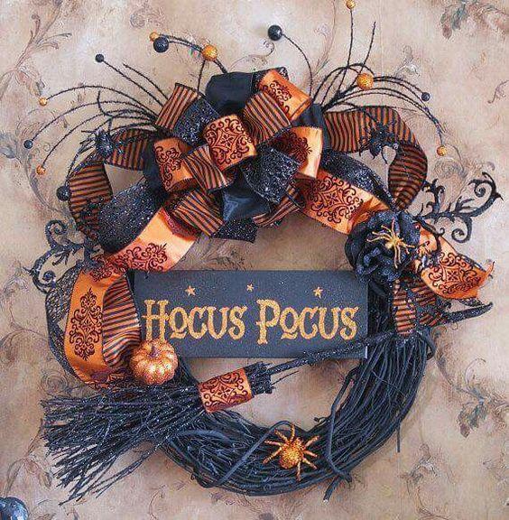 Simple orange and black hocus pocus wreath.