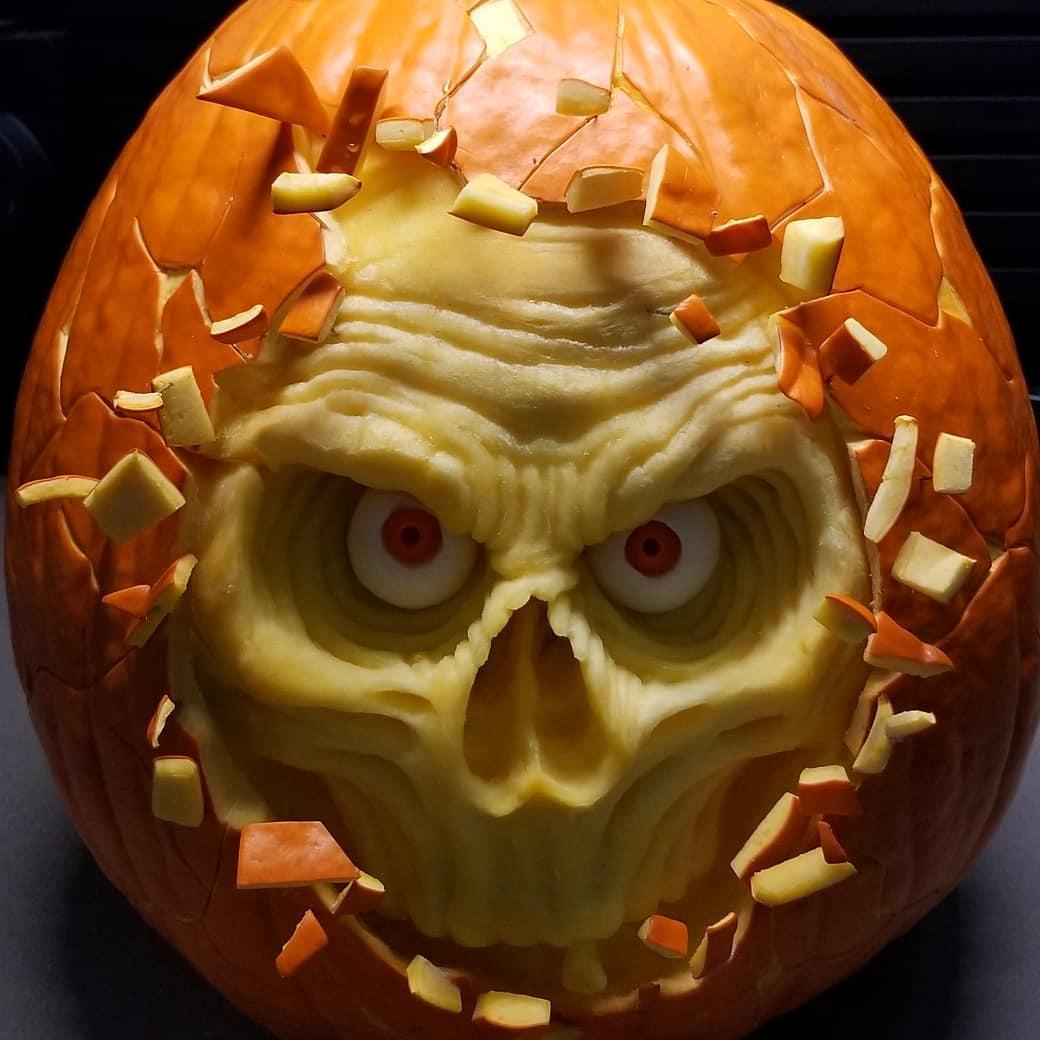Spooky skull pumpkin carving inn innovative way.