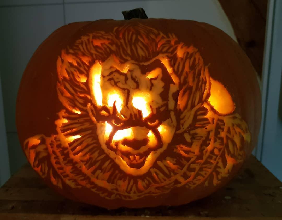 Terrific clown pumpkin carving idea.