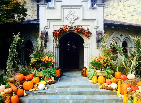 Welcoming Pumpkin Outdoor Decoration. Pic by landscapesystemsgarden