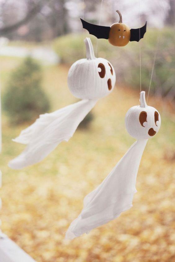 Wonderful flying ghost pumpkin.