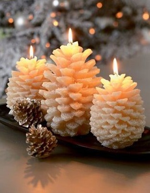Adorable holiday pinecone candles.