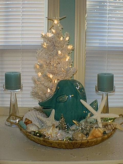 Beach theme Christmas tree to decorate your home.
