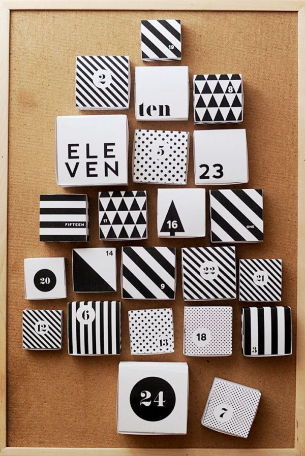 Black and white printable boxes advent calendar.