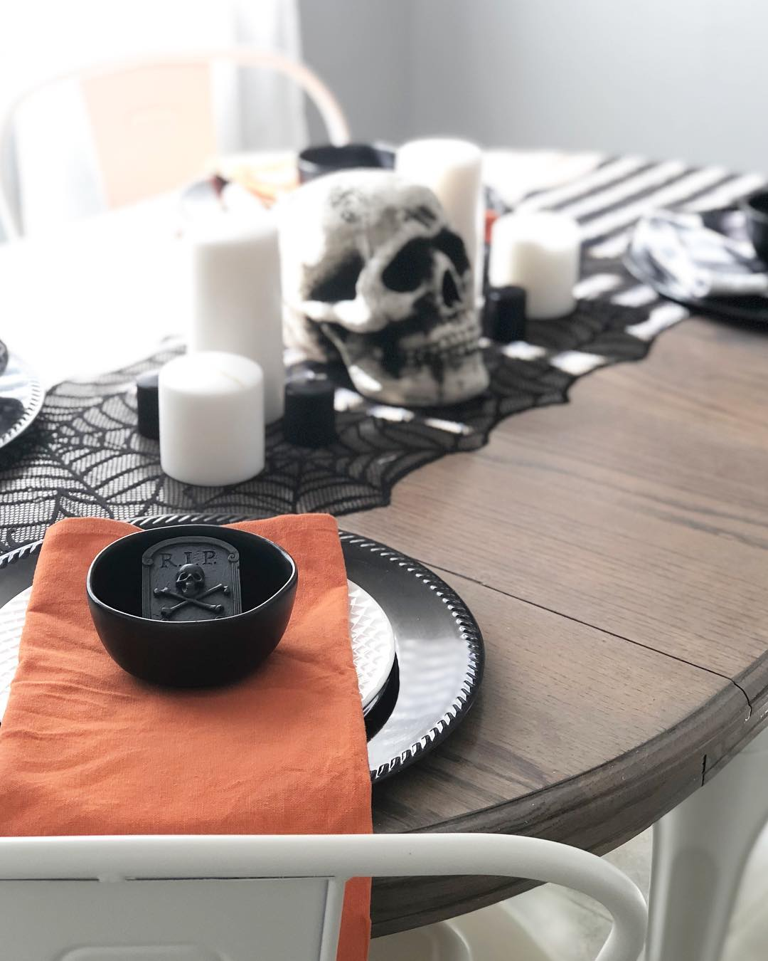 Budget friendly Halloween table setting.