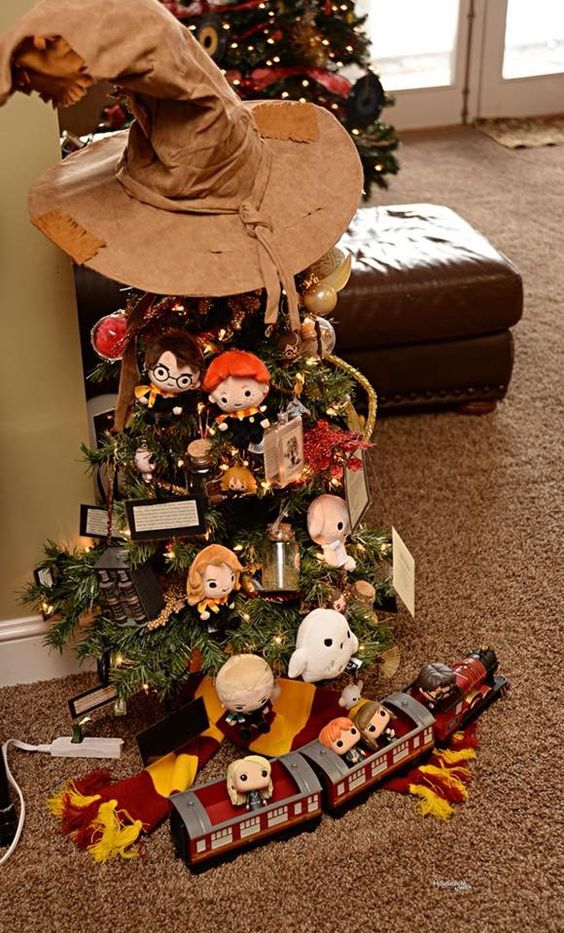 cuteness overloaded in harry potter style christmas tree - Harry Potter Christmas Decorating Ideas