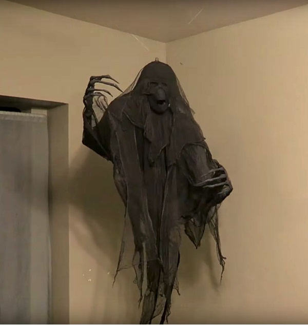 DIY dementor ready to welcome your guests.