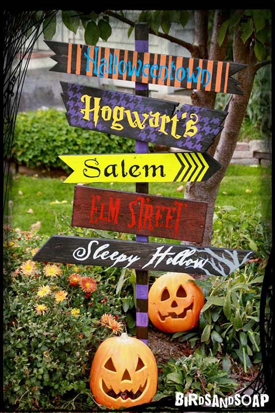 Fabulous diy halloween sign board for yard.