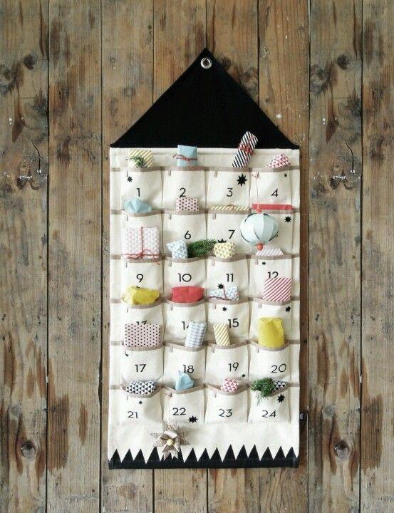 Fabulous pocket calendar for Christmas.