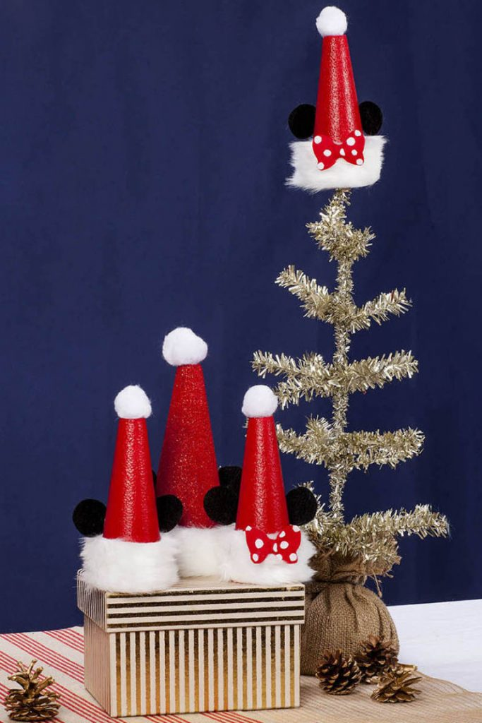 Glamorous mickey and minnie tree topper for kids room.
