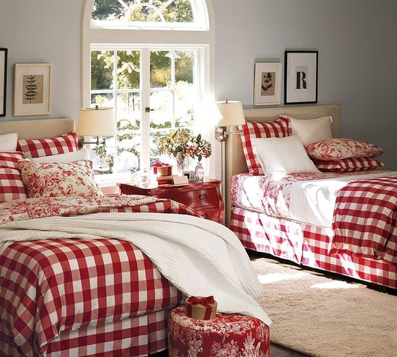 Glamorous red and white plaided bedding for kids room at Christmas.