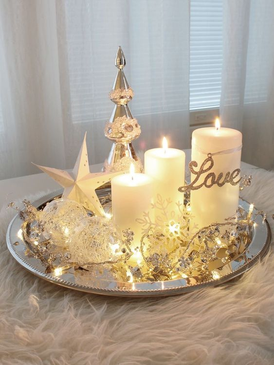 Golden and white Christmas accessoried candle tray.