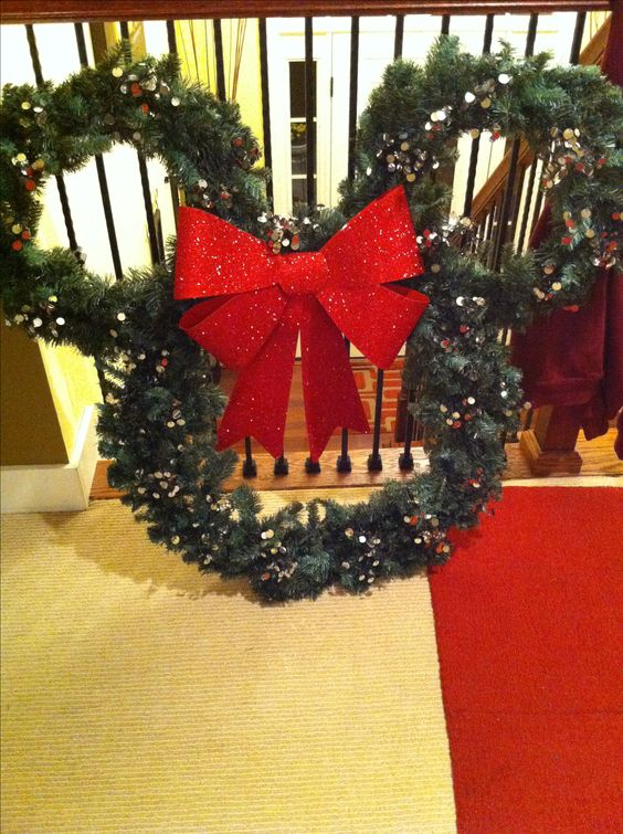 20 Cutest Collection Of Disney Themed Christmas Decor