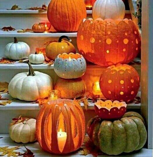 Incredible pumpkin decoration at stairs.