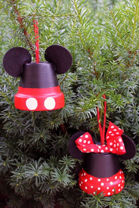 Mini terracotta pots make adorable mickey and minnie mouse ornaments.