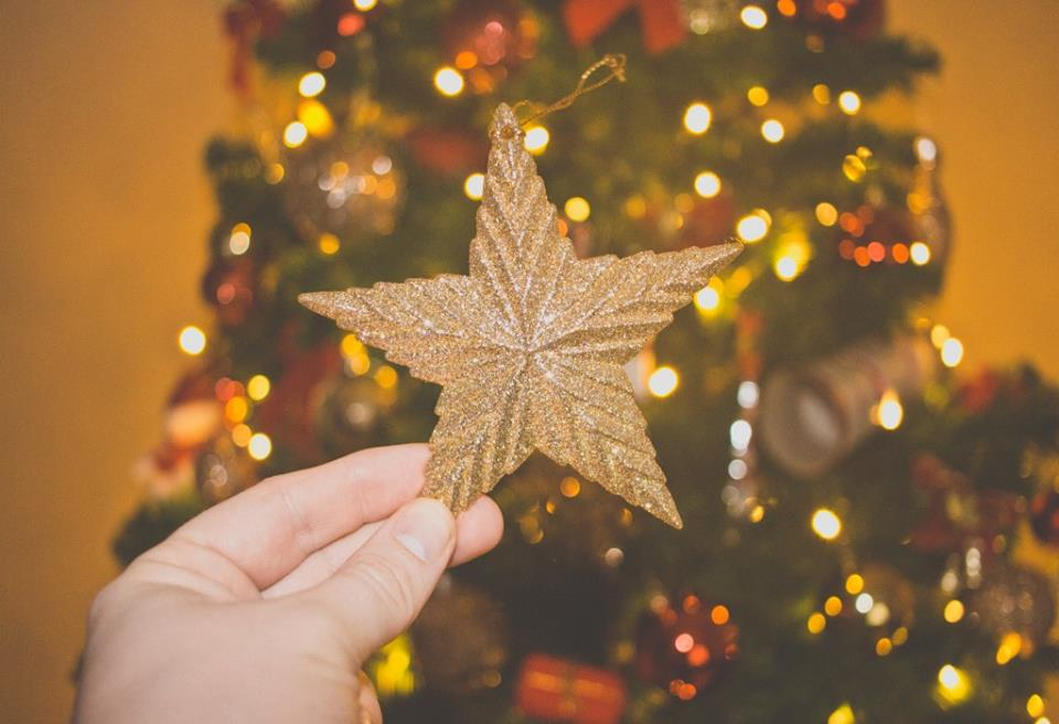 Nice golden star shape ornament.