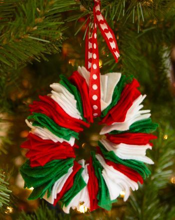 Red, green and white paper piece hanging ball.