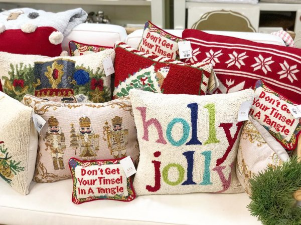 Amazing collection of Christmas pillow covers.