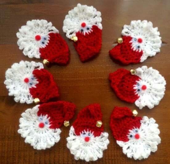 Crochet santa face applique ornament.