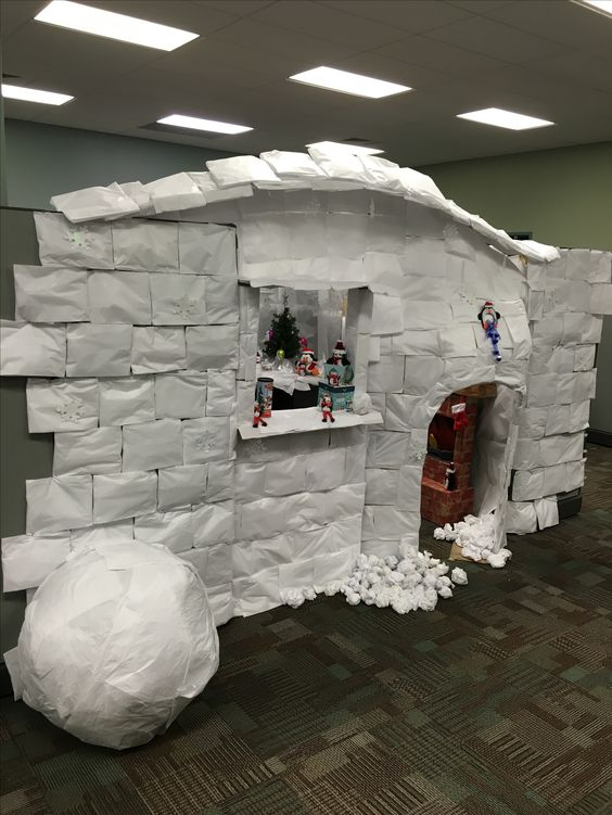 Cubicle decoration as Igloo.