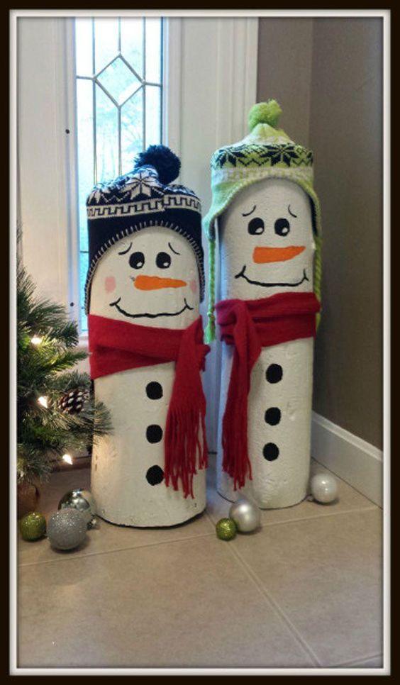 Dashing idea to make log snowman.